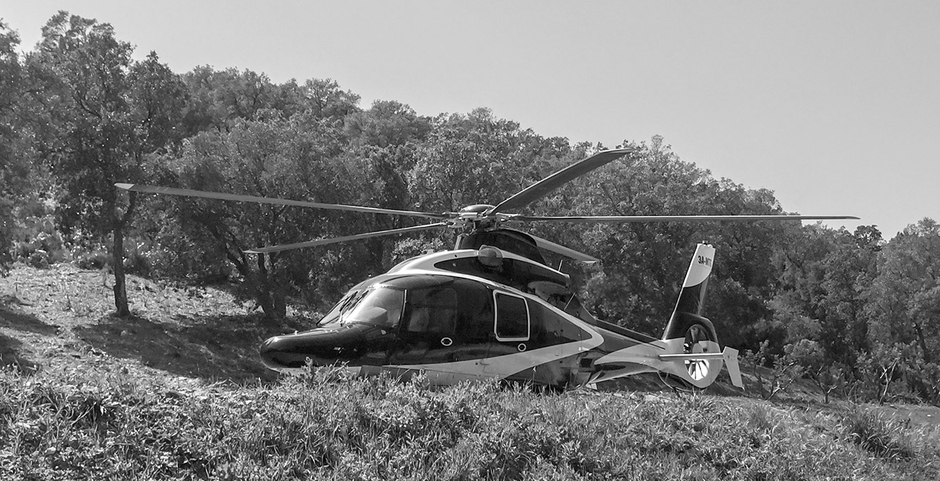 Atterrissage Hélicoptère Drop-Zone privee dans le Var Bormes 83